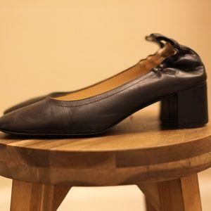 EVERLANE DAY HEEL pristine black leather